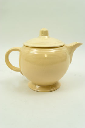 Vintage Fiestaware Teapot in Original Ivory Glaze for Sale