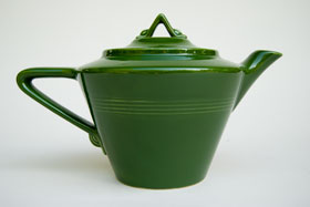 Harlequin Pottery 50s Forest Green Vintage Teapot For Sale: Rare American Dinnerware