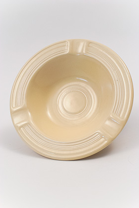 Vintage Fiesta Pottery  Early Variation Ashtray in Original Ivory for Sale