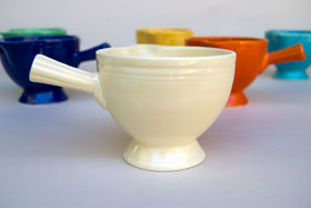 Vintage Fiestaware Stick Handled Creamer in Original Ivory Glaze For Sale