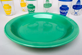 Kitchen Kraft Pie Plate in Original  Green: Hard to Find Go-Along Fiestaware Pottery For Sale