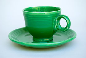 Medium Green Fiesta Teacup and Saucer Fiestaware Pottery For Sale