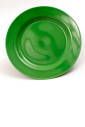 Vintage Harlequin Pottery Medium Green 10 inch Dinner Plate For Sale