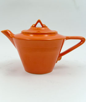 Original Red Harlequin Pottery Teapot | Homer Laughlin | Fiesta | For Sale