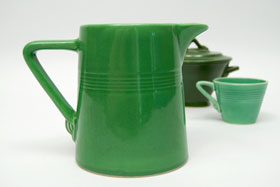 Vintage Harlequin Rare Medium Green 22 ounce jug or milk pitcher: Harlequin Dinnerware 30s 40s American Solid Color Dinnerware For Sale