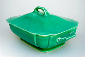 Riviera CoveGreen Casserole in Original Green Vellum Glaze For Sale Vintage Pottery 30s Americana Art Deco Dinnerware