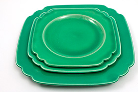 Vintage Riviera Pottery Original Green 9 inch Luncheon Plate