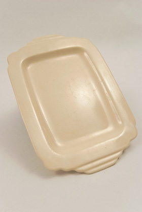 Riviera Pottery Underplate for Sauce Boat in Original Ivory Vellum Glaze