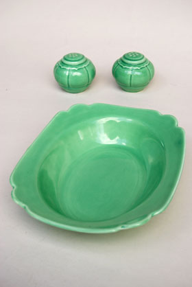 Riviera Pottery for Sale: Original Green Oval Baker from vintagefiestaware.com