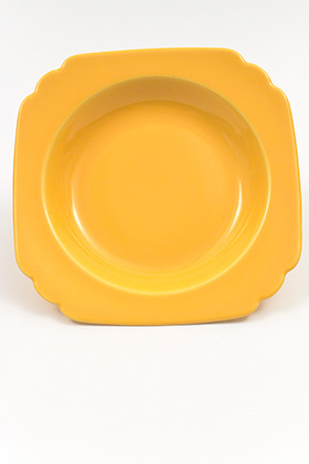 Riviera Deep Plate in Original Yellow Glaze