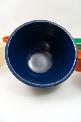Vintage Fiesta Nesting Bowl Number Seven in Cobalt Blue For Sale