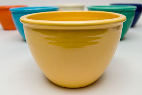 Vintage Fiestaware Nesting Bowl in Original Yellow Glaze For Sale
