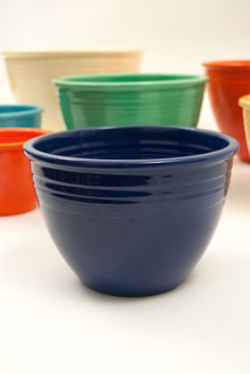 Vintage Fiesta Nesting Bowl Number Three in Cobalt For Sale