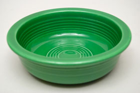 Vintage Fiestaware 60s Medium Green Fruit Bowl For Sale