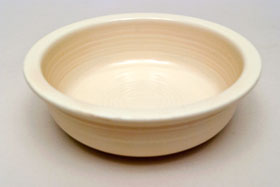 Red Vintage Fiestaware Ivory Fruit Bowl For Sale