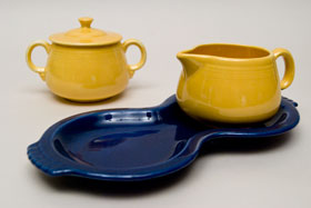 Fiesta Figure 8, Sugar and Creamer Set: Fiestaware For Sale