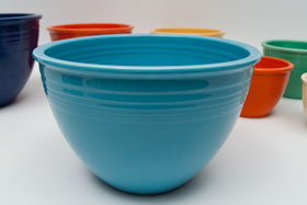 Vintage Fiesta Nesting Bowl Number Six in Original Turquoise For Sale