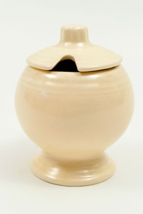 Vintage Fiesta Mustard Jar in Original Ivory Glaze for Sale