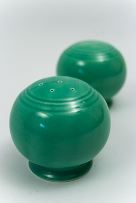 Vintage Fiesta Kitchen Kraft Shakers in Original Green Glaze/></a><a href=