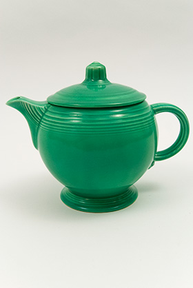 Vintage Fiestaware Teapot in Original Green Glaze for Sale