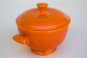 Fiesta Covered Onion Soup Bowl in Original, Radioactive Red: Early, Rare, Vintage, Fiesta For Sale