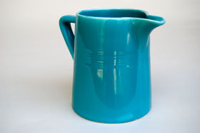 Vintage Harlequin Turquoise 22 ounce jug or milk pitcher: Harlequin Dinnerware 30s 40s American Solid Color Dinnerware For Sale