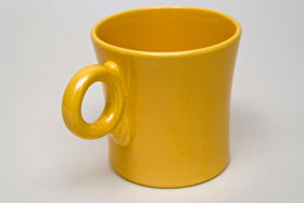 Vintage Fiestaware Yellow Tom and Jerry Mug: Fiesta Dinnerware 30s 40s 50s 60s For Sale