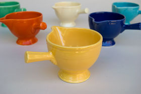 Vintage Fiestaware Stick Handled Creamer in Original Yellow Glaze For Sale