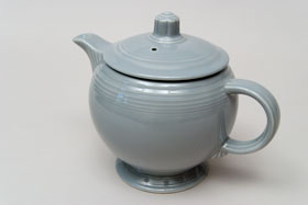 Vintage 50s Fiestaware Colors Gray Teapot For Sale: Vintage Fiestaware Teapot