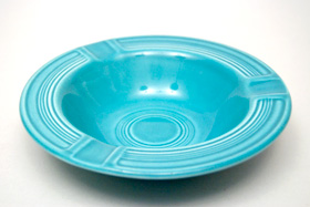Vintage Fiesta Pottery  Early Variation Ashtray in Original Turquoise for Sale