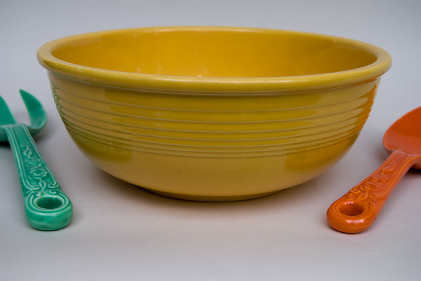 Vintage Fiesta Pottery Unlisted Salad Bowl 1940s Promotional Piece in Original Yellow Glaze For Sale & Vintage Fiesta Pottery Unlisted Salad Bowl 1940s Promotional Piece ...