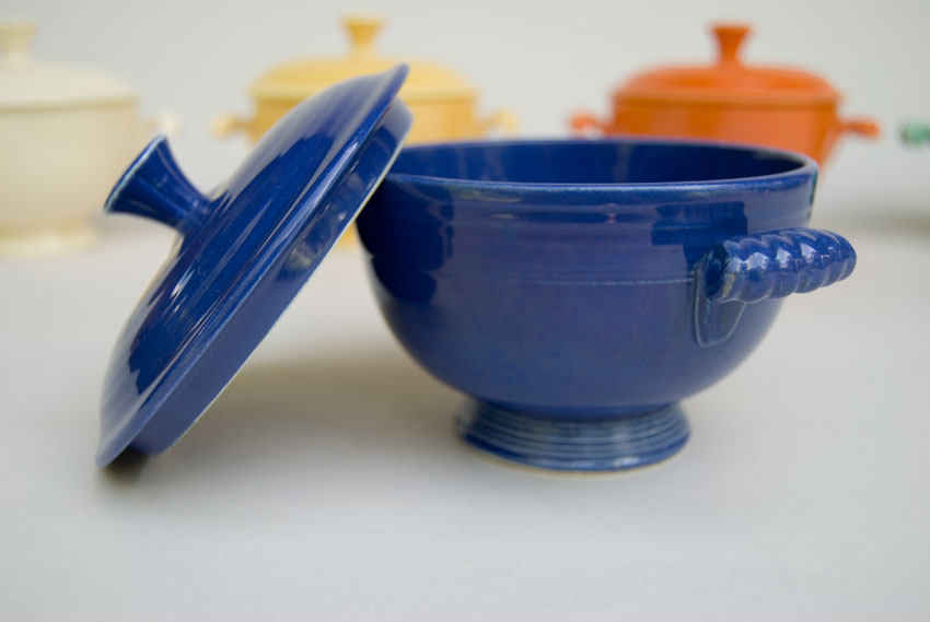 Popular Fiesta Covered Onion Soup Bowl in Original Cobalt Blue: Early  HJ03
