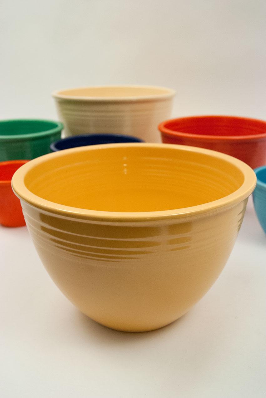 Vintage Fiesta Nesting Bowl #6 in Original Yellow Blue Glaze For Sale