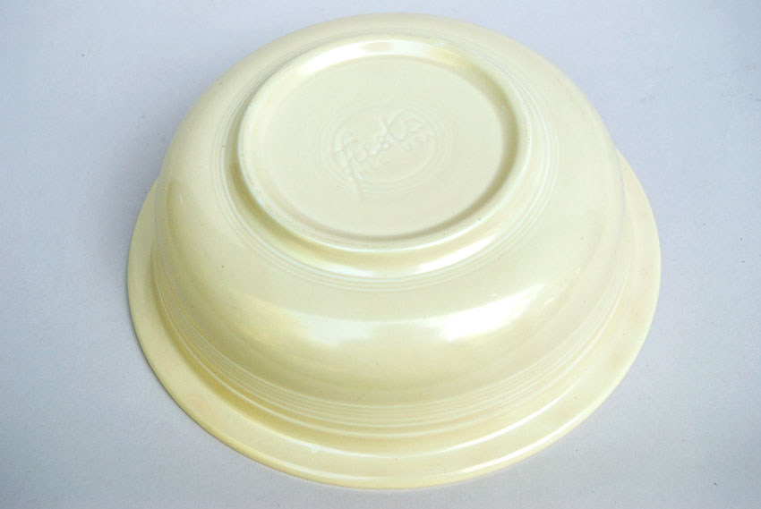 Ivory Fiestaware 9 And One Half Inch Nappy Bowl Fiestaware