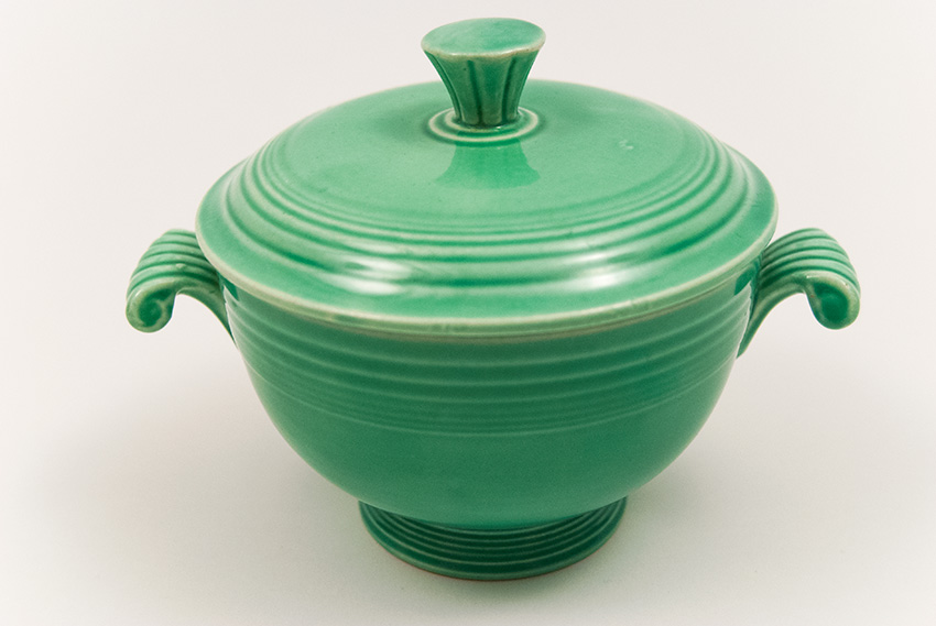 Fiesta Covered Onion Soup Bowl in Original Green: Early, Rare ...