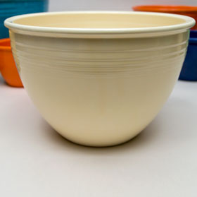 Vintage Fiesta Nesting Bowl Number Five in Ivory For Sale