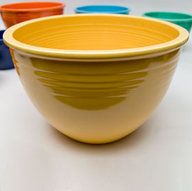 Vintage Fiesta Nesting Bowl Number Seven in Yellow For Sale