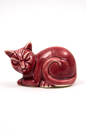 Harlequin Animal Novelty Maroon Cat Homer Laughlin Pottery for Woolworths