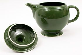 Vintage 50s Fiestaware Colors Forest Green Teapot For Sale: Vintage Fiestaware Teapot
