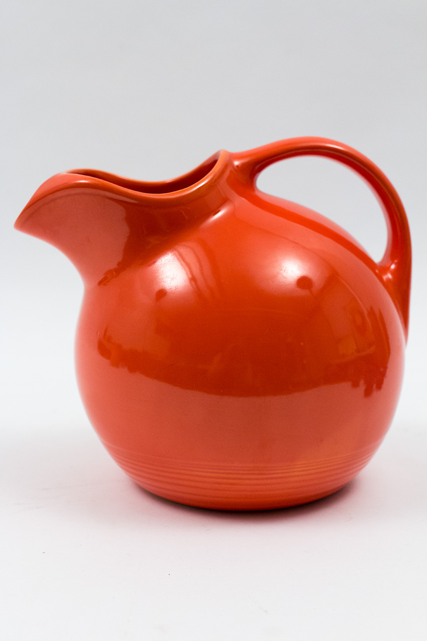 Agree with vintage homer laughlin water pitcher hope, you