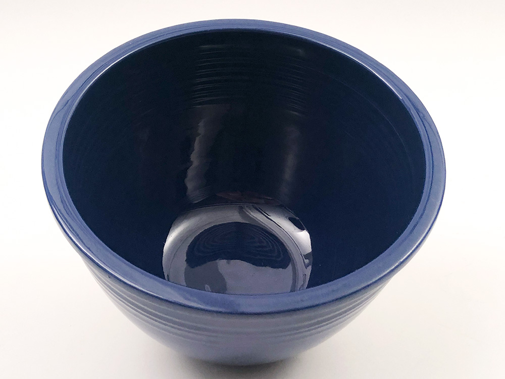 bottom mark Number 4 cobalt blue vintage fiesta mixing bowl